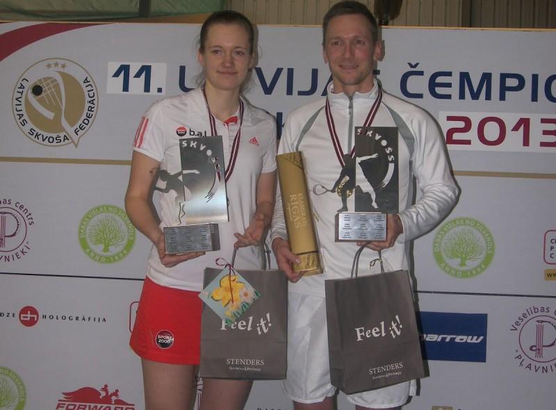 Pāvulāns un Mackeviča atkārtoti kļūst par Latvijas čempioniem skvošā