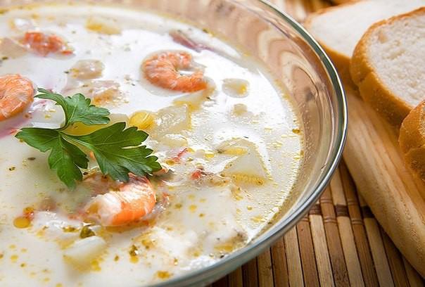Siera zupa ar garnelēm