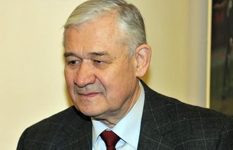Vladimiram Jurzinovam - 75