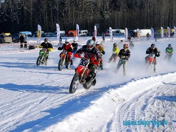 Skijorings un ziemas motokross Raiskumā - Latvijas čempionāta III posms