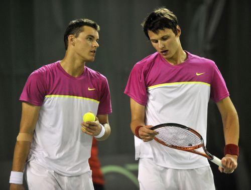 """Brāļi Podži uzvar """"Futures"""" dubultspēļu turnīrā Zviedrijā"""