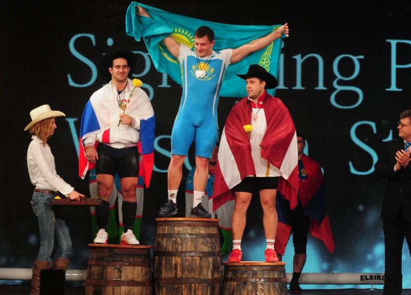 Plēsnieks ar valsts rekordu izcīna pasaules čempionāta bronzu