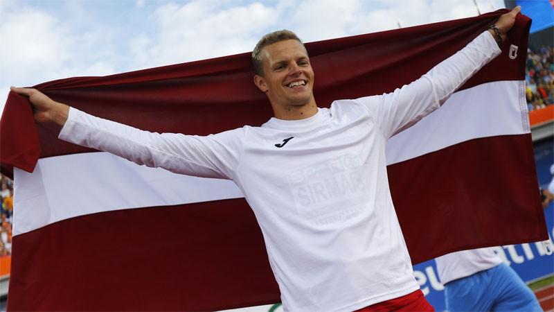 Sirmais ar personisko rekordu izcīna Eiropas zeltu