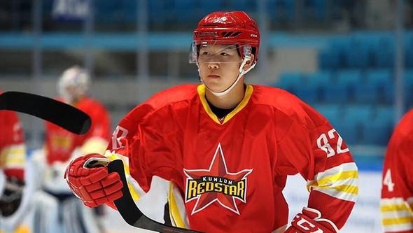 """Pekinas """"Kunlun Red Star"""" vienojas ar četriem ķīniešu hokejistiem"""