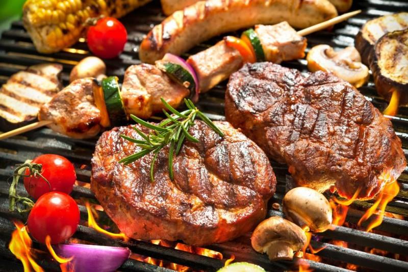 Kā pagatavot grilēto ēdienu karali - mutē kūstošu steiku