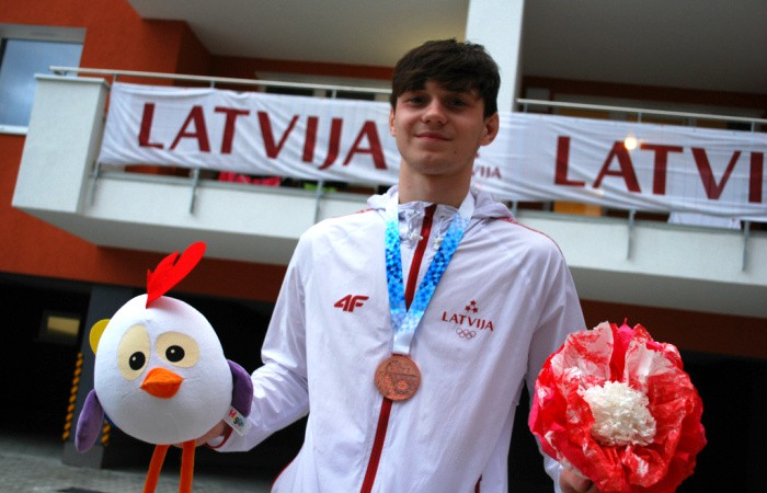 Titulētais Galaktionovs zaudē jau pirmajā Eiropas junioru čempionāta cīņā