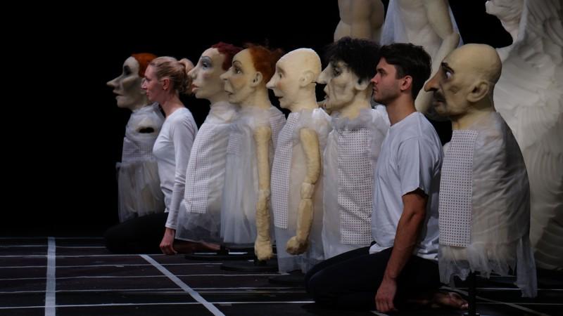 """Laikmetīgā leļļu teātra grands Duda Paiva iestudē """"Zelta zirgu"""" Leļļu teātrī"""
