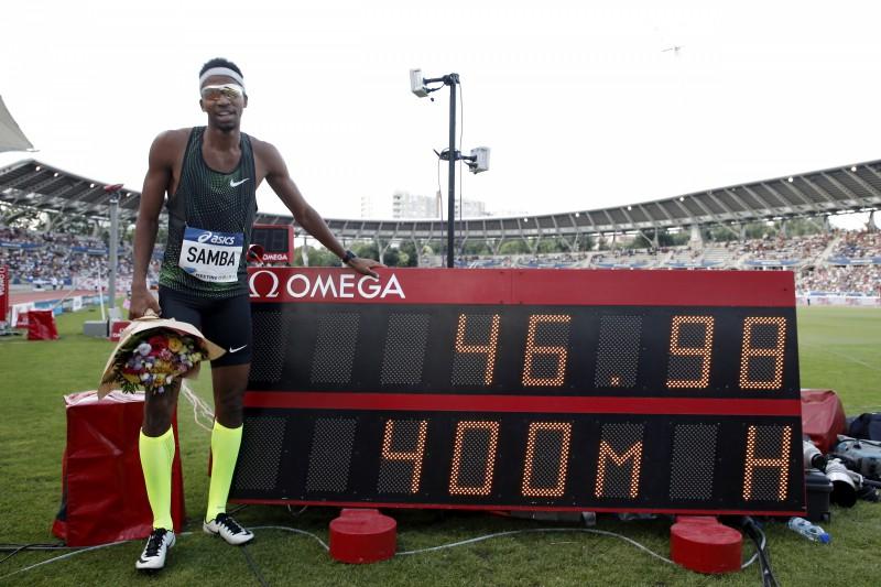 Sambam otrais visu laiku labākais rezultāts 400 metros barjerās