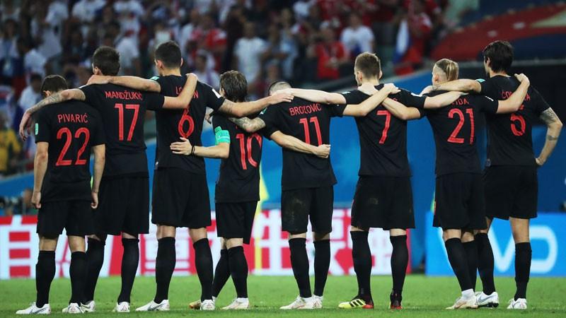 Top 5: Astoņi horvāti, Anglijas čempionu grafiks, pendeļu statistika nestrādā