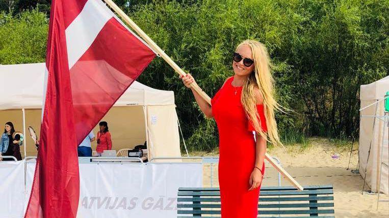 Četri Latvijas pāri Jūrmalā sasniedz EČ pludmales tenisā astotdaļfinālu