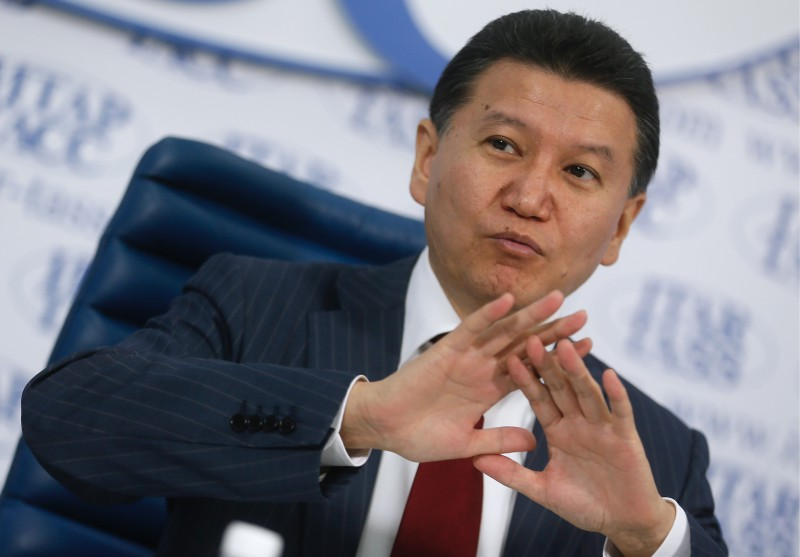Iļumžinovs uz pusgadu atstādināts no Šaha federācijas prezidenta pienākumiem