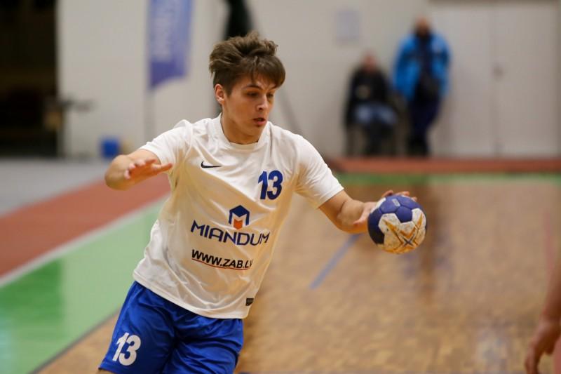 Strazdiņam astoņi vārti pret Igaunijas čempioni