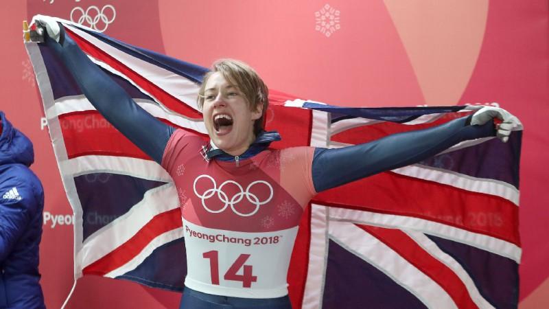 Divkārtējā olimpiskā čempione skeletonā Jarnolda laidusi pasaulē meitu