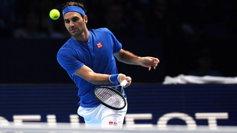 """Federers 15. reizi sasniedz """"ATP Finals"""" turnīra pusfinālu"""