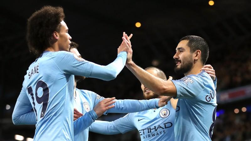 """""""Manchester City"""" izcīna pārliecinošu uzvaru un turpina līgā bez zaudējumiem"""