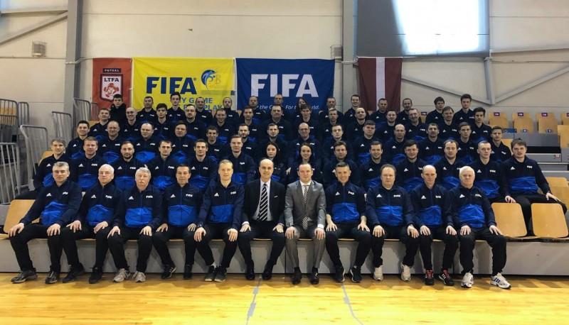 Ļašenko joprojām neizdodas vienoties ar LFF, situāciju nosauc par apkaunojošu