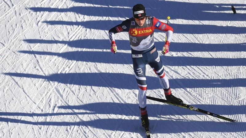 """Norvēģis Klēbo teju nodrošina uzvaru """"Tour de Ski"""" seriālā, Bikše pēdējais"""