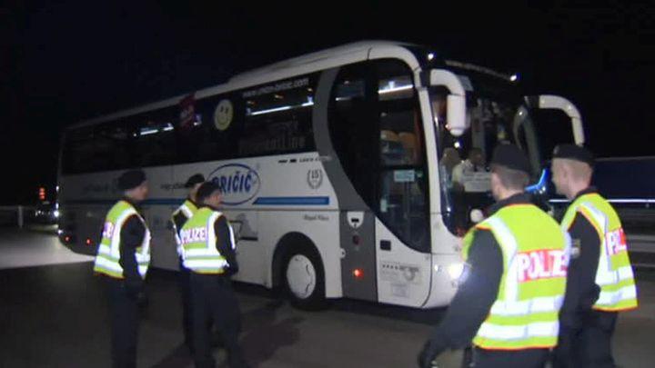 """Par kontrabandas mēģinājumu aizturēts BFC """"Daugavpils"""" autobuss ar bērniem"""