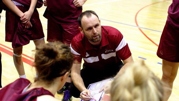 Latvijas U19 meiteņu izlase piedzīvo neveiksmi arī otrajā pārbaudes spēlē Stambulā