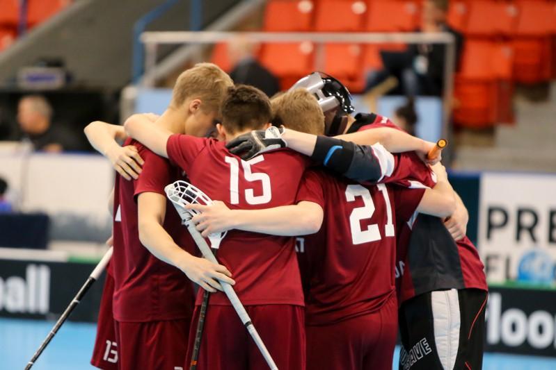 Sāk kampaņu Latvijas florbola atbalstam