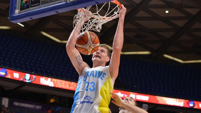 """Bagatskis vienojies ar Barselonu par Pustovija spēlēšanu """"Eurobasket"""" kvalifikācijā"""