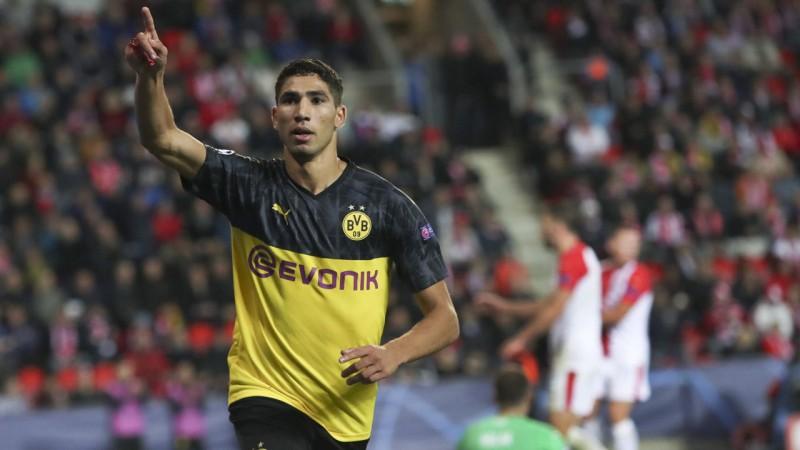 """Hakīmi divi vārti """"Borussia"""" uzvarā Prāgā, """"Napoli"""" zaudē punktus pret """"Genk"""""""