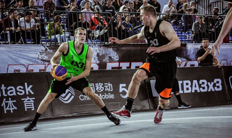 Latvijas 3x3 basketbolisti paliek aiz strīpas, būs jāspēlē olimpiskajā kvalifikācijā