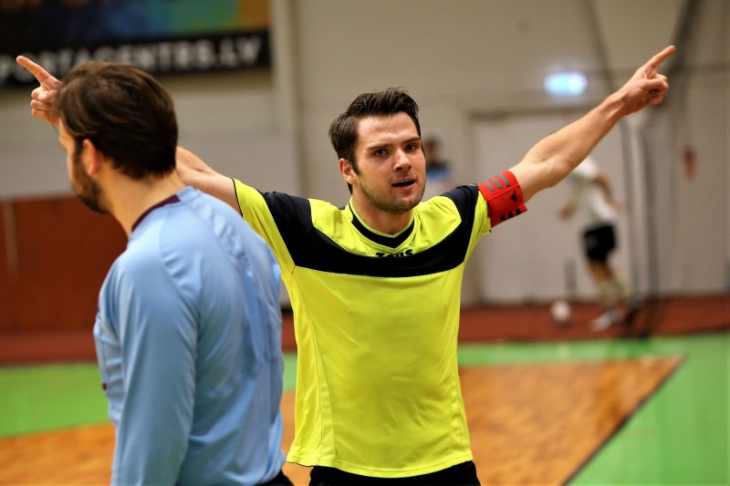 """Čempionāta 2. kārtā pirmos punktus zaudēs """"Streka"""" vai """"FK Sigulda"""""""