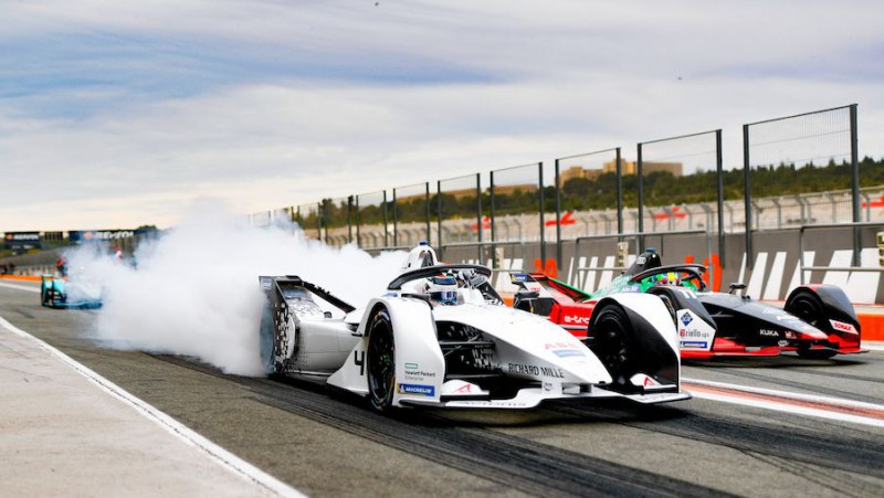 """Formula E"" paziņo visus nākamās sezonas pilotus"