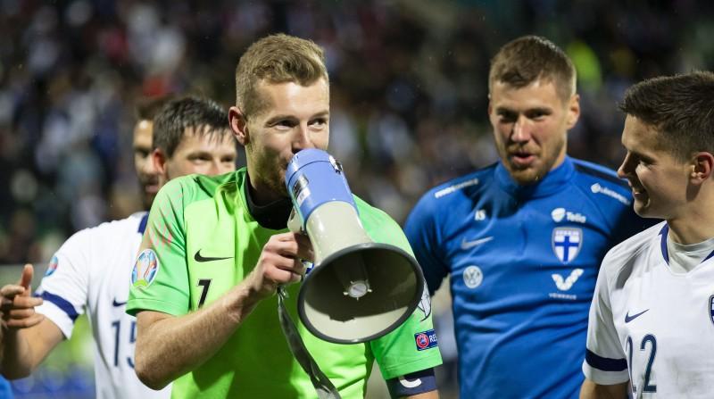 """""""Euro 2020"""": Somija soli no svinībām, Bukarestē lielā spēle starp Rumāniju un Zviedriju"""