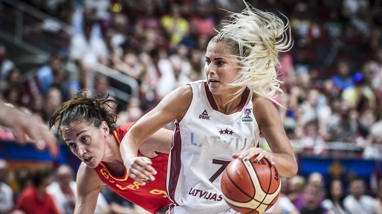 """Babkina noslēdz treniņnometnes līgumu ar WNBA klubu """"Dream"""""""