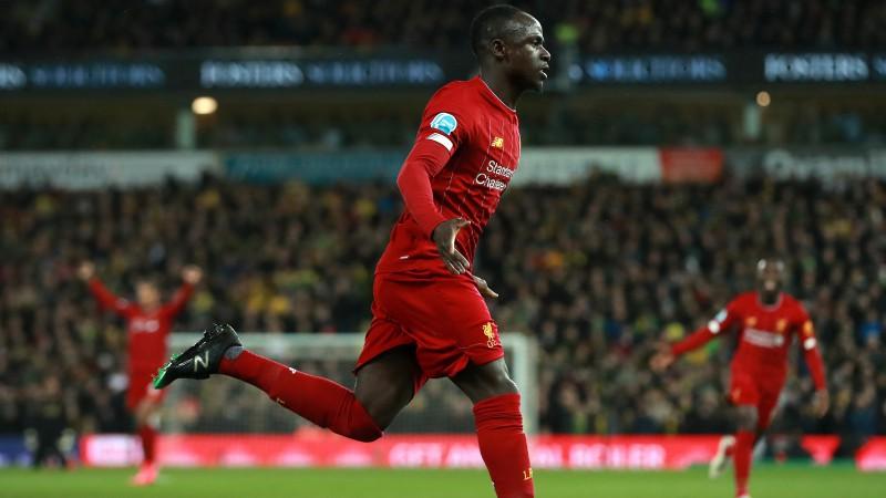 """Manē atgriežas laukumā un izrauj """"Liverpool"""" 25. uzvaru 26 spēlēs"""