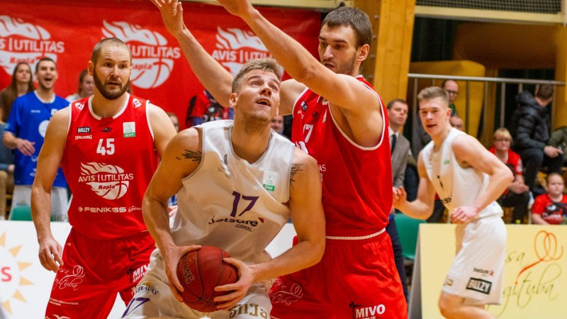 Latvijā ilgi spēlējušais baltkrievs Vikentjevs pārcēlies uz Krieviju