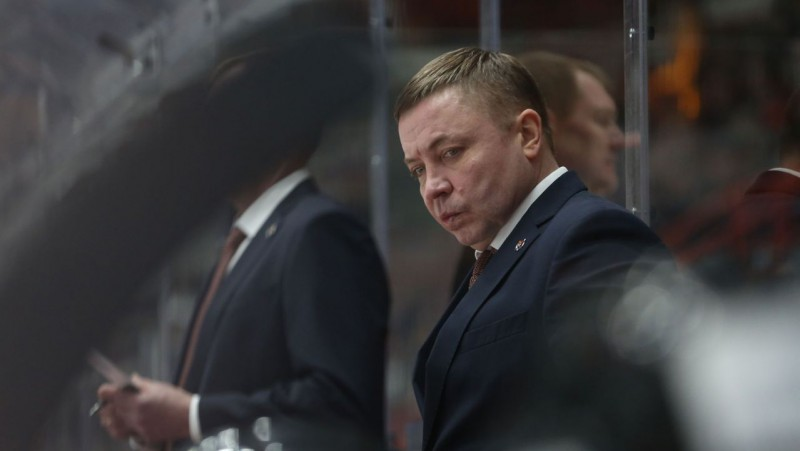 """Galvenais kandidāts uz """"Amur"""" trenera vietu - """"Atlant"""" kādreiz vadījušais Uvajevs"""