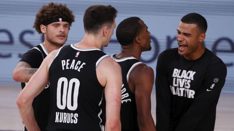 """Templs par """"Bucks"""" uzvarēšanu: """"Pie baseina viesnīcā parunājām ar """"Rockets""""..."""""""