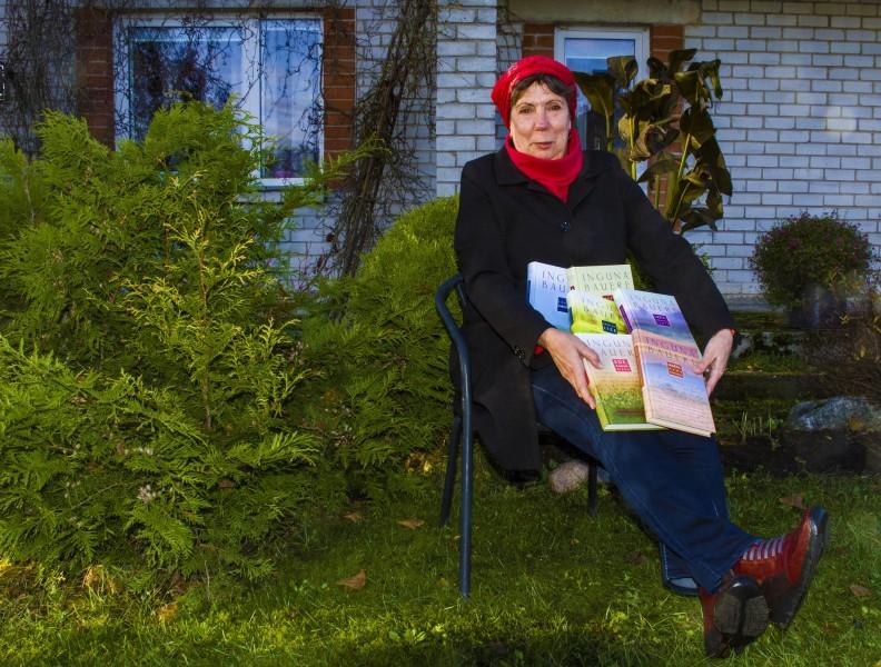 Jauns Ingunas Baueres darbu izdevums – veltījums Latvijas izcilajām sievietēm