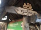 """Pirmie rallija """"Taškenta - Rīga"""" dalībnieki šķērso Latvijas robežu, oficiālais rallija noslēgums nākamnedēļ"""