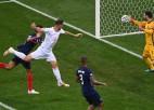 Video: Šveice pamatlaika izskaņā atspēlējas no 1:3 un 11m sitienos izslēdz frančus