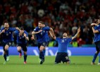 Itālija <i>pendelēs</i> pieveic Spāniju un atgriežas Eiropas čempionāta finālā