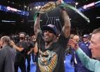 WBC čempions Čarlo tika arestēts par rēķina nesamaksāšanu bārā