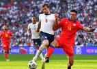 Angļi <i>salauž</i> Andoras <i>autobusu</i> tikai spēles beigās, Lietuvai zaudējums Bulgārijā