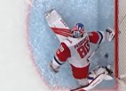 """Video: KHL """"dzelzceļnieku"""" vārtsargs piesakās uz sezonas labāko atvairījumu"""