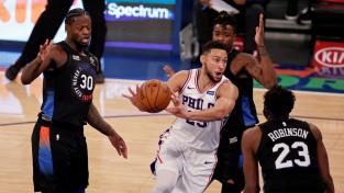Divi ''Knicks'' spēlētāji sāk spēli ar vienādiem krekla numuriem