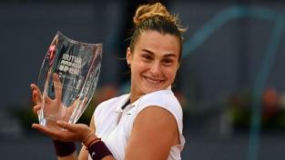 Sabaļenka sakauj Bārtiju un Madridē izcīna 10. WTA titulu