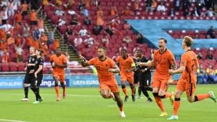 Francija atkal neuzvar, Memfisam divi pārliecinošā Nīderlandes uzvarā