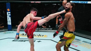 Cīkstonis savā otrajā UFC iznācienā izceļas ar iespaidīgu nokautu