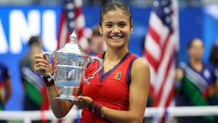 """18 gadus vecā Radukanu Ņujorkā kļūst par čempioni tikai otrajā """"Grand Slam"""" turnīrā"""