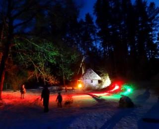 Foto: Ziemassvētku pasaka senču garā Latvijas Etnogrāfiskajā brīvdabas  muzejā