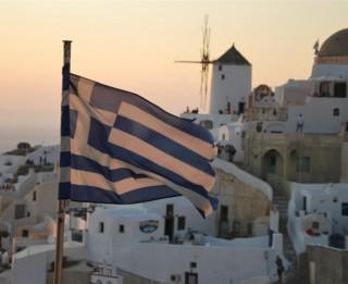 Grieķu salas - Roda un Santorini jūlija vidū