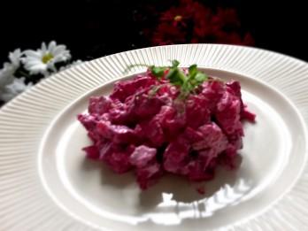 Kas kopīgs 4. maijam un biešu salātiem?
